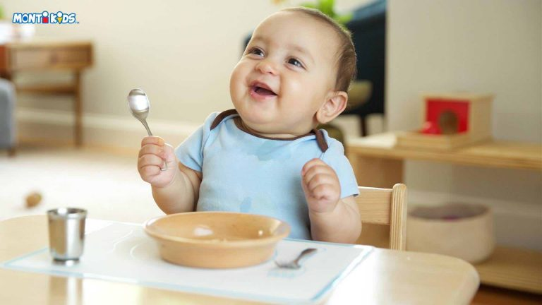 Baby with Monti Kids Level 2 Dining Set