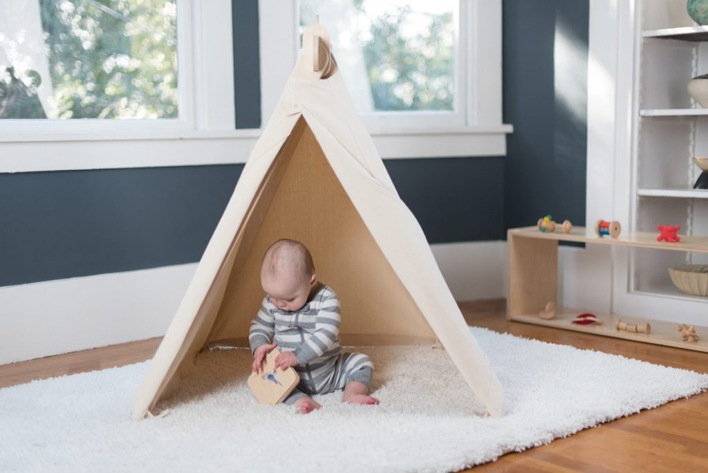 Play tent for baby