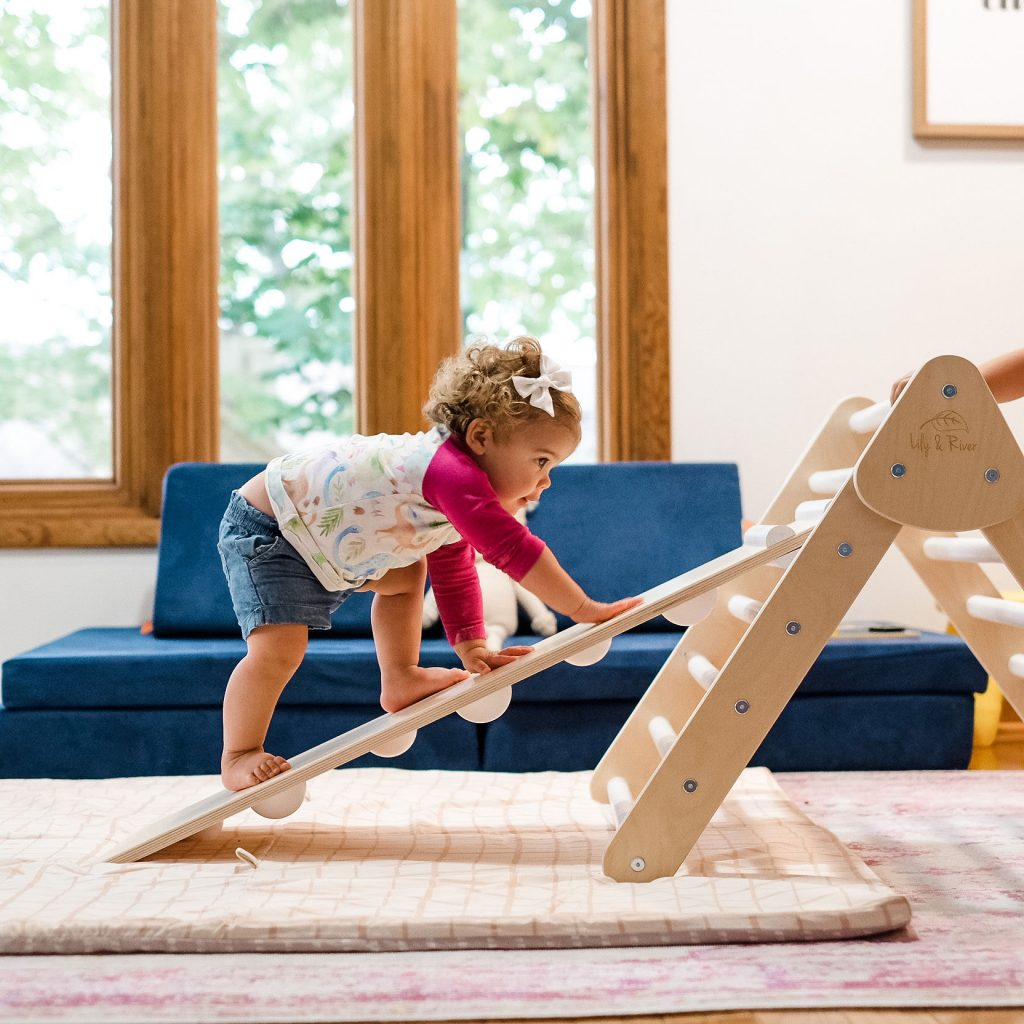 pikler triangle style climber